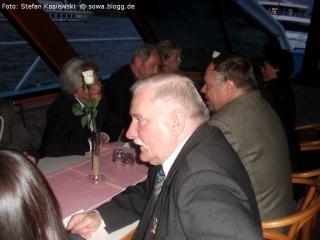 Biala roza walesa w rfn